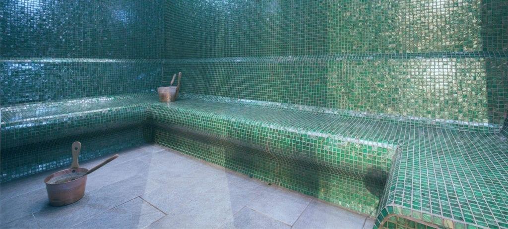 De stoombaden van Elaisa Energetic Wellness, prachtige stijlvolle badhuizen